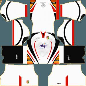 Mitra Kukar away kit